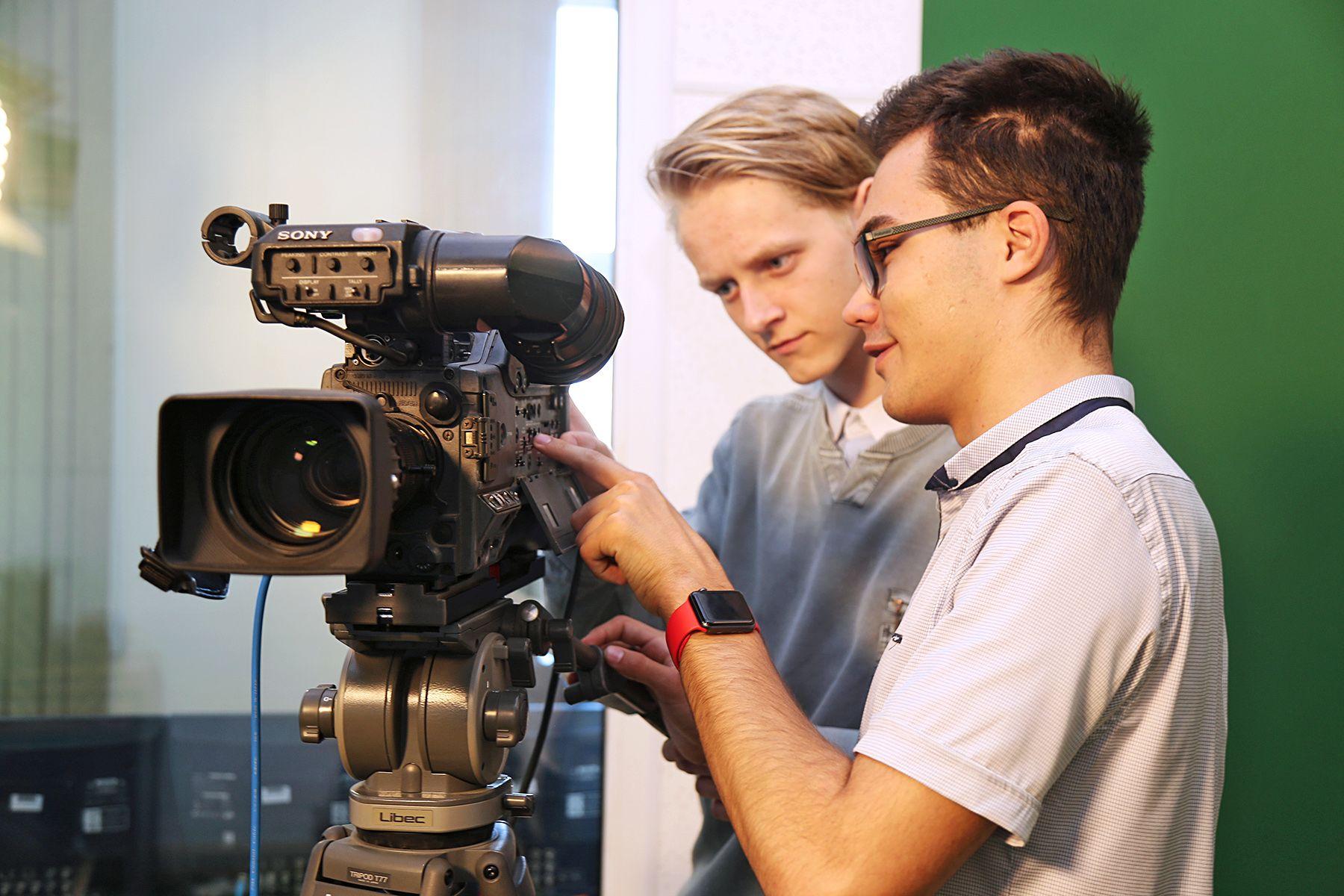 Уникальные в регионе: Высшая школа телевидения ВГУЭС открывает магистратуру