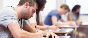 Non-degree academic programs in English