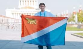 Единственный из Приморья. Студент ВГУЭС стал Послом Победы на параде в Москве