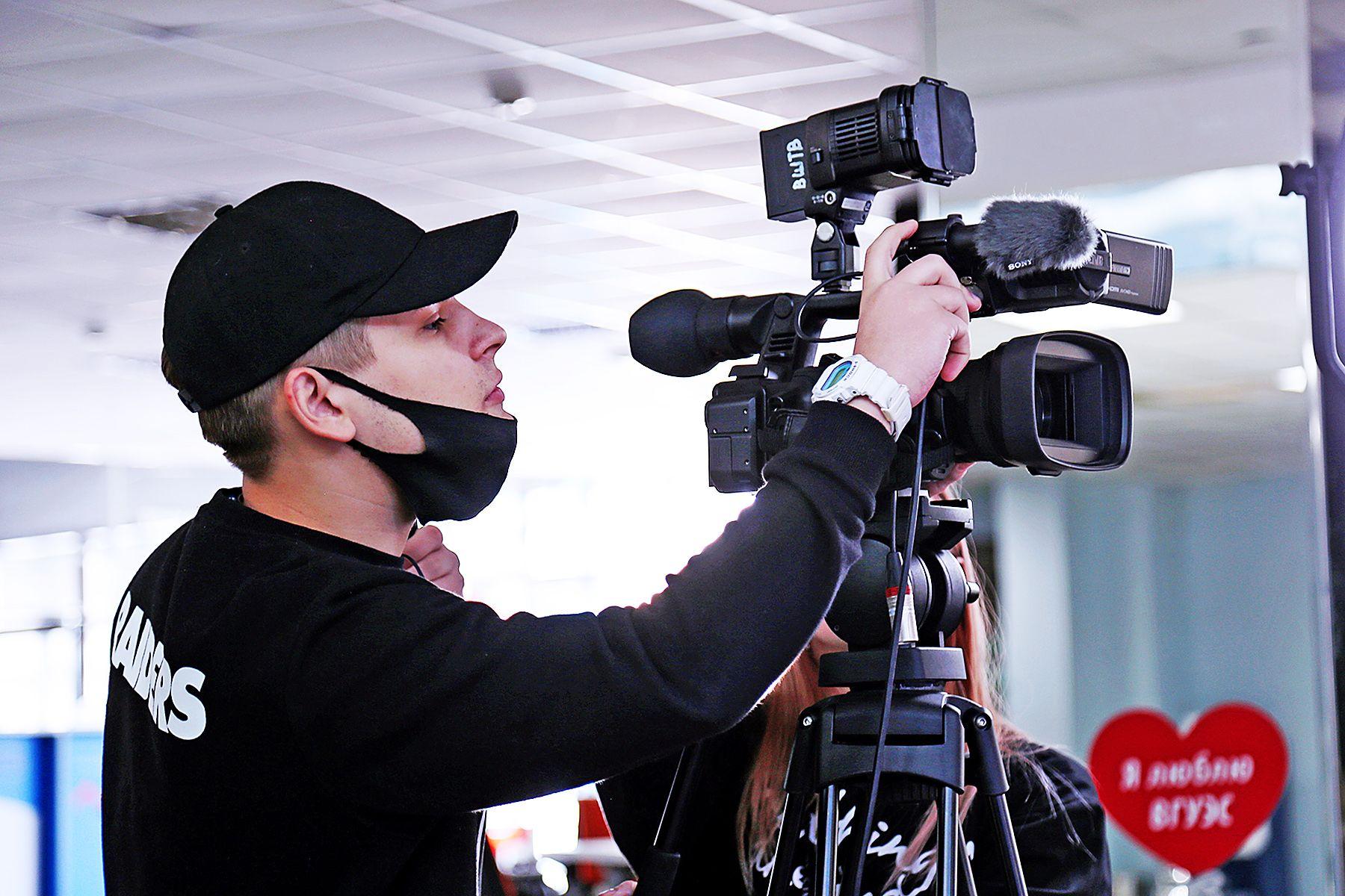 10-летие Центра волонтеров ВГУЭС, съемки клипа, цифровая мода: самое интересное в очередном выпуске ВГУЭС-LIFE