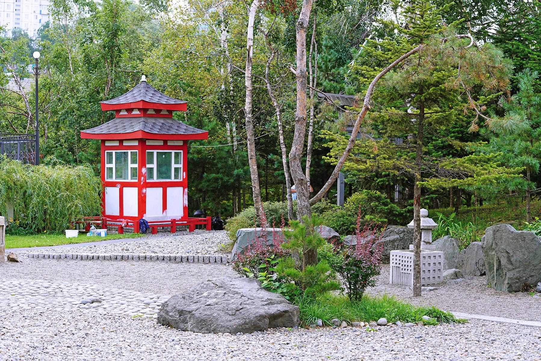 Реконструкция уникального сада камней ВГУЭС проходит по канонам японской ландшафтной архитектуры