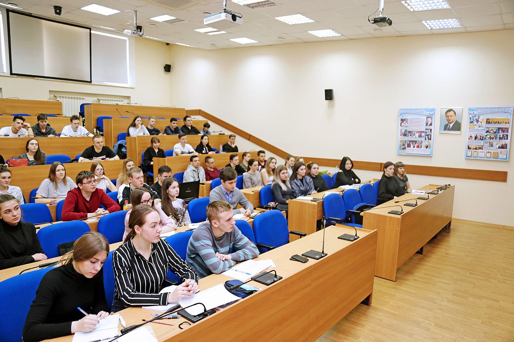ВГУЭС успешно прошел аккредитацию образовательной программы магистратуры направления «Юриспруденция»