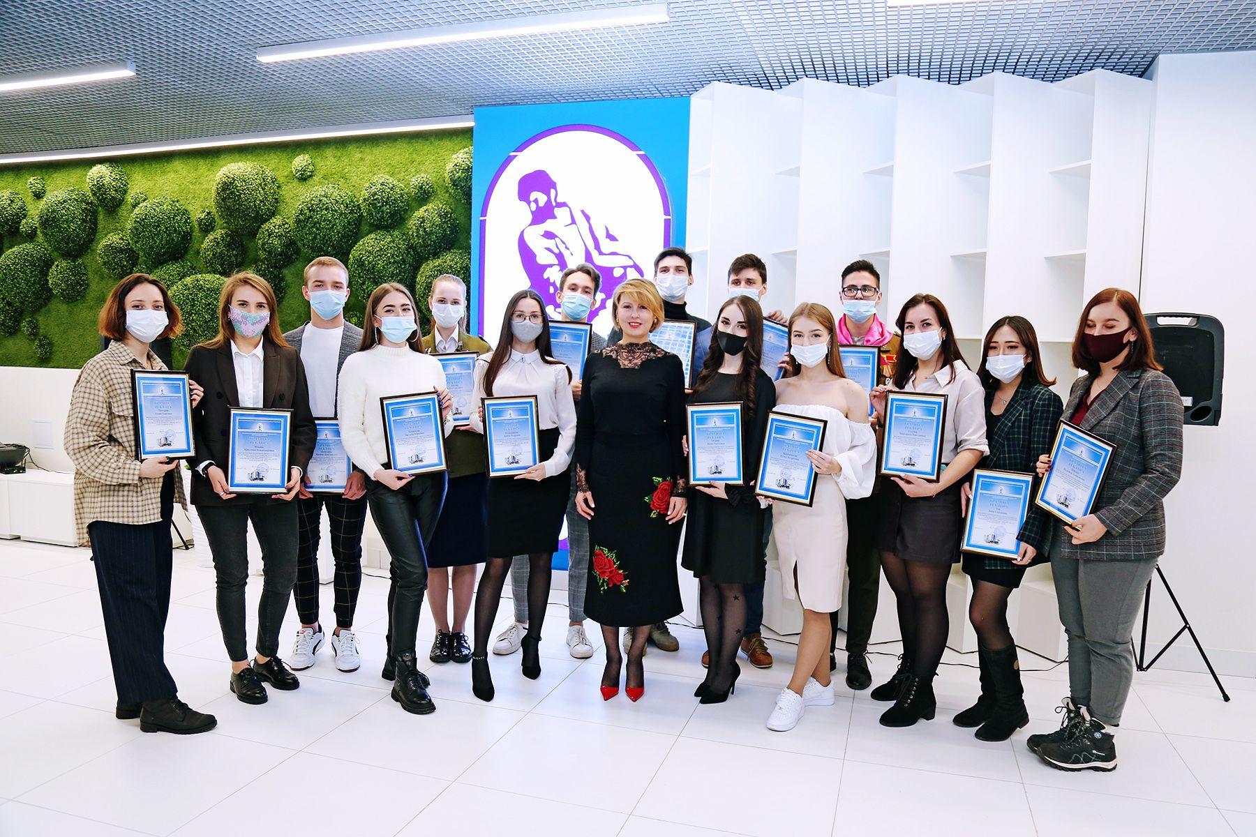 Все для студентов: во ВГУЭС открылось еще одно современное молодежное «Пространство»