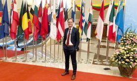 Бывший дипломат Посольства России в Мьянме, выпускник ВГУЭС Виталий Новиков: Я выбрал вуз из-за лучшей школы политологии