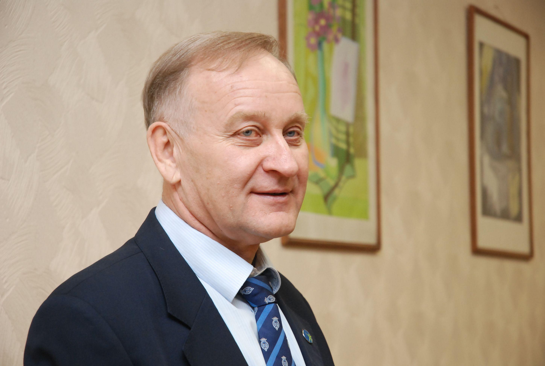 Президент ВГУЭС Геннадий Лазарев признан самым эффективным депутатом