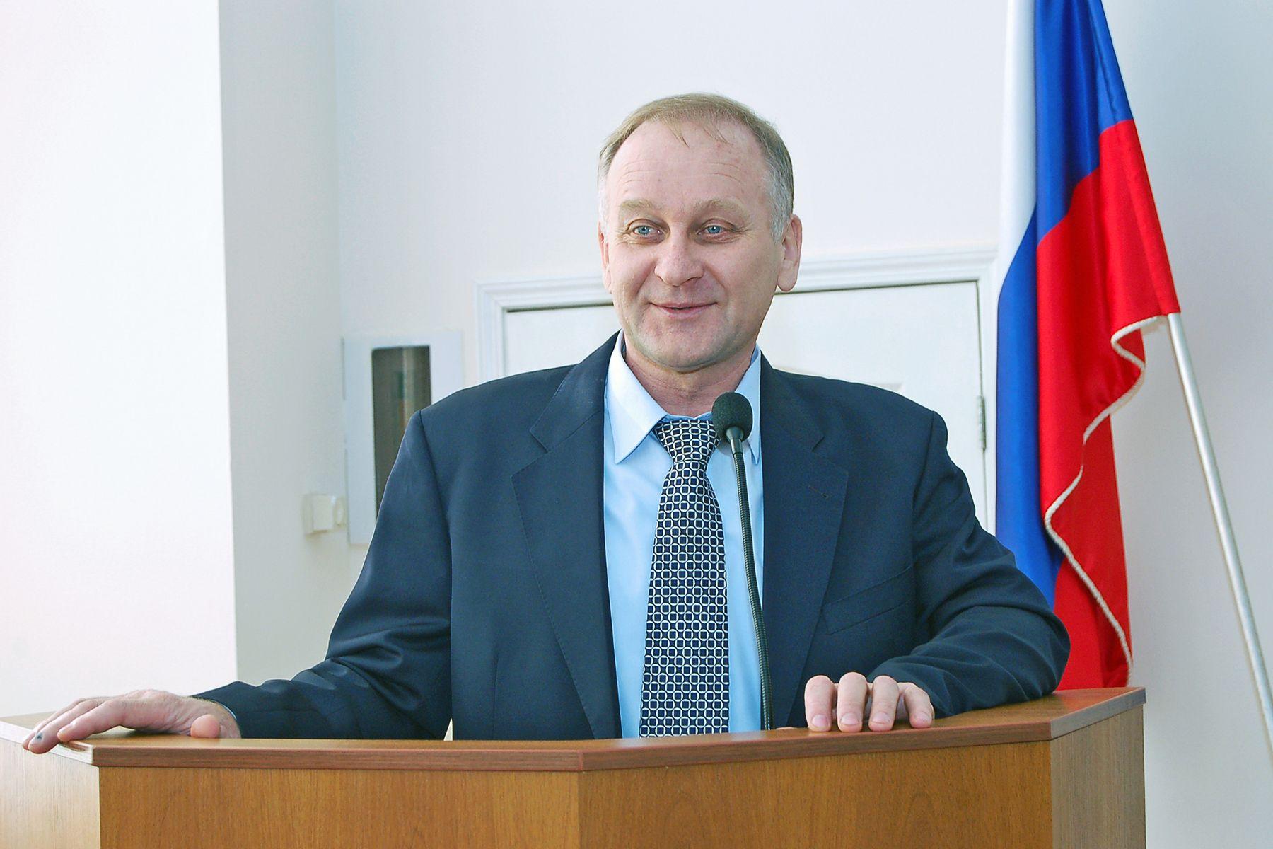 Президент ВГУЭС, депутат Законодательного Собрания Приморского края Геннадий Лазарев: У меня еще есть нереализованные идеи