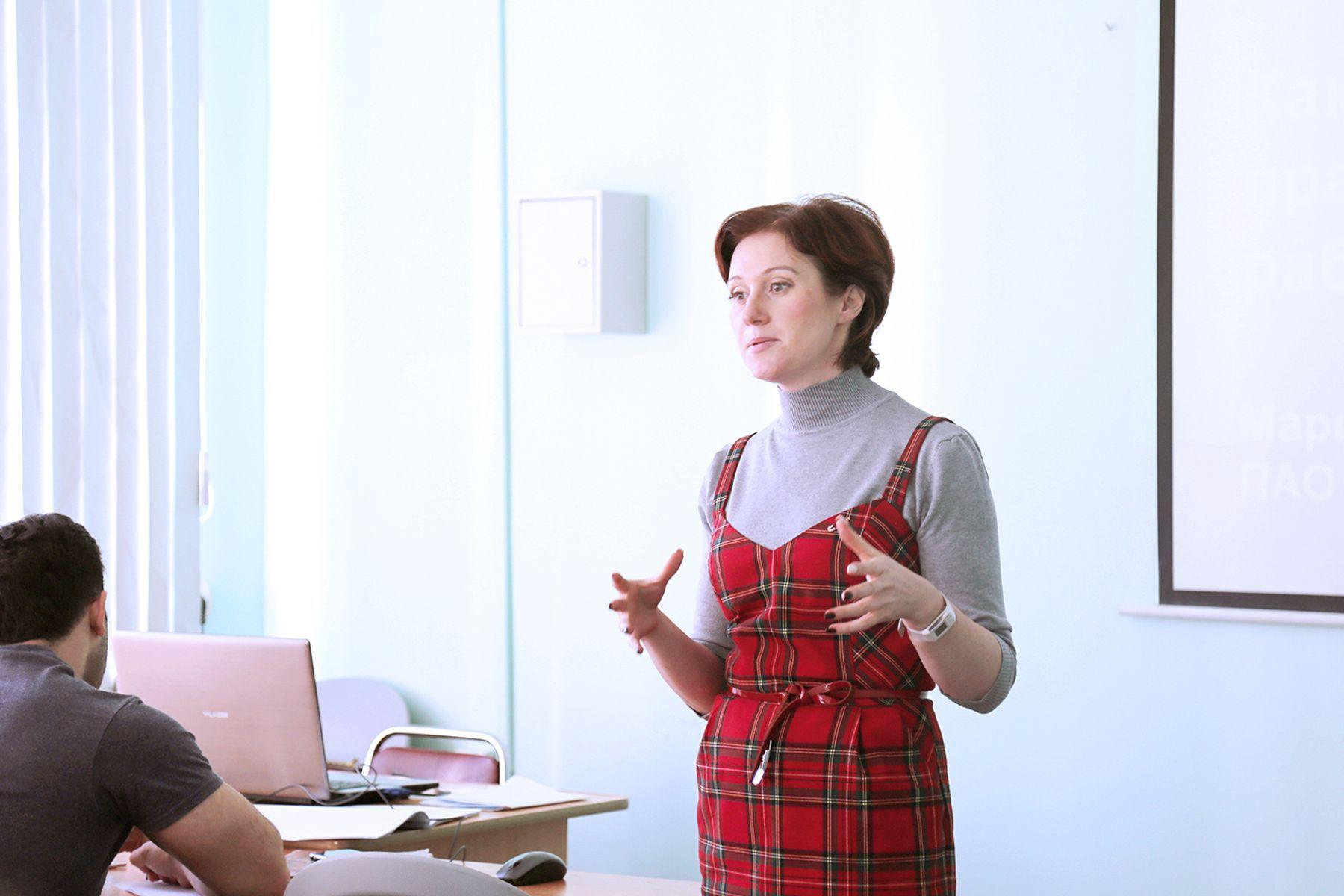 Приглашенный спикер – студентам бакалавриата «Управление персоналом» ВГУЭС: определяем мотивацию на этапе собеседования