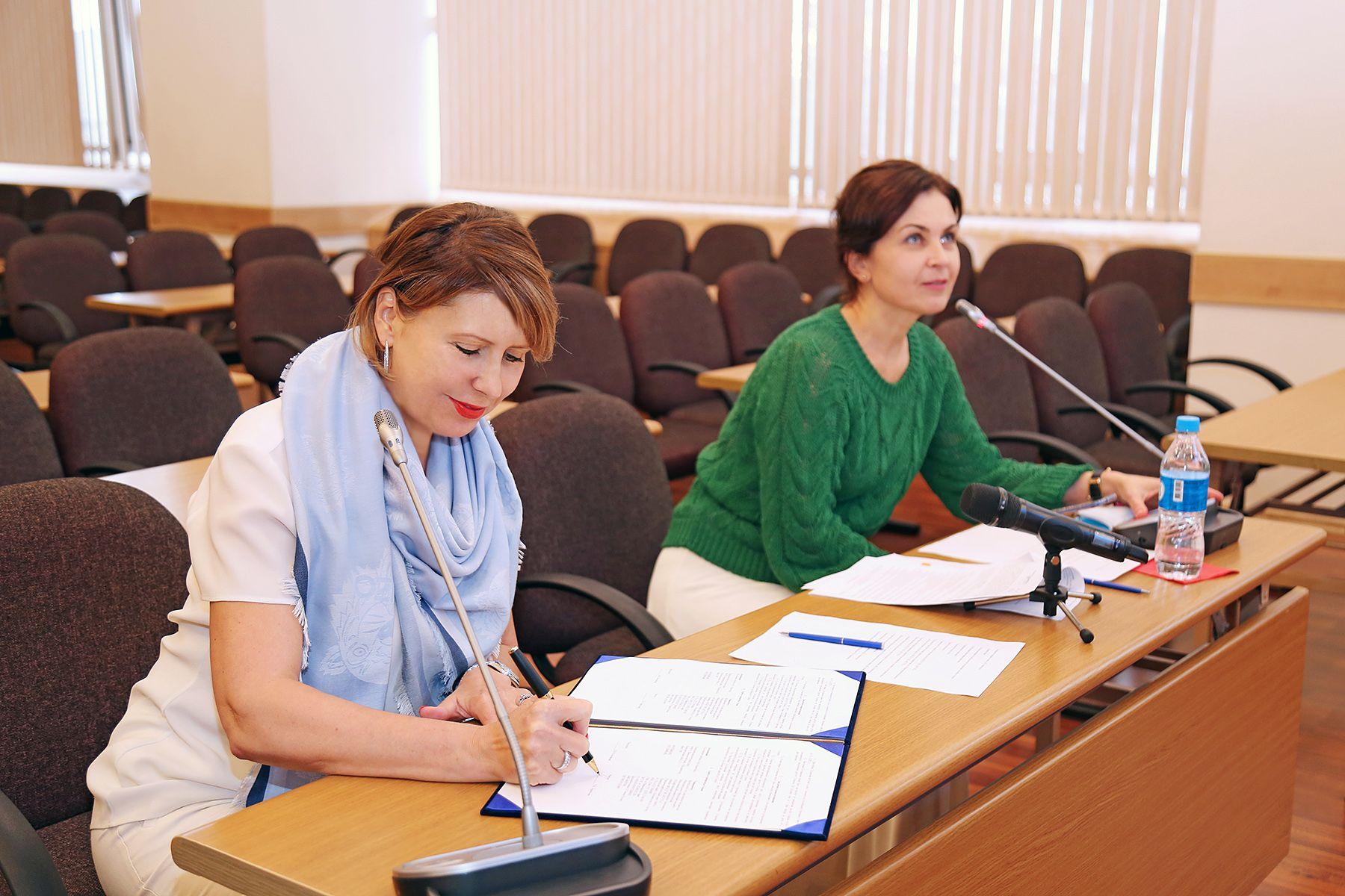 ВГУЭС и Ассоциация «Бизнес-клуб «Авангард» подписали соглашение о сотрудничестве