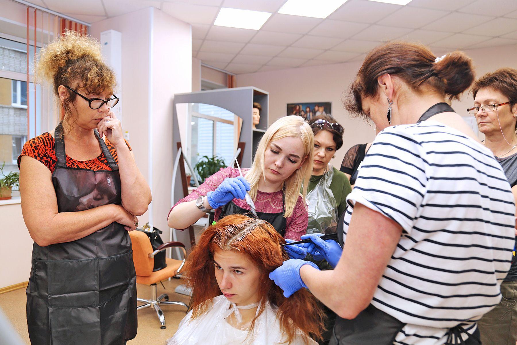 Предпенсионеры, обучающиеся по стандартам WorldSkills во ВГУЭС, демонстрируют первые результаты