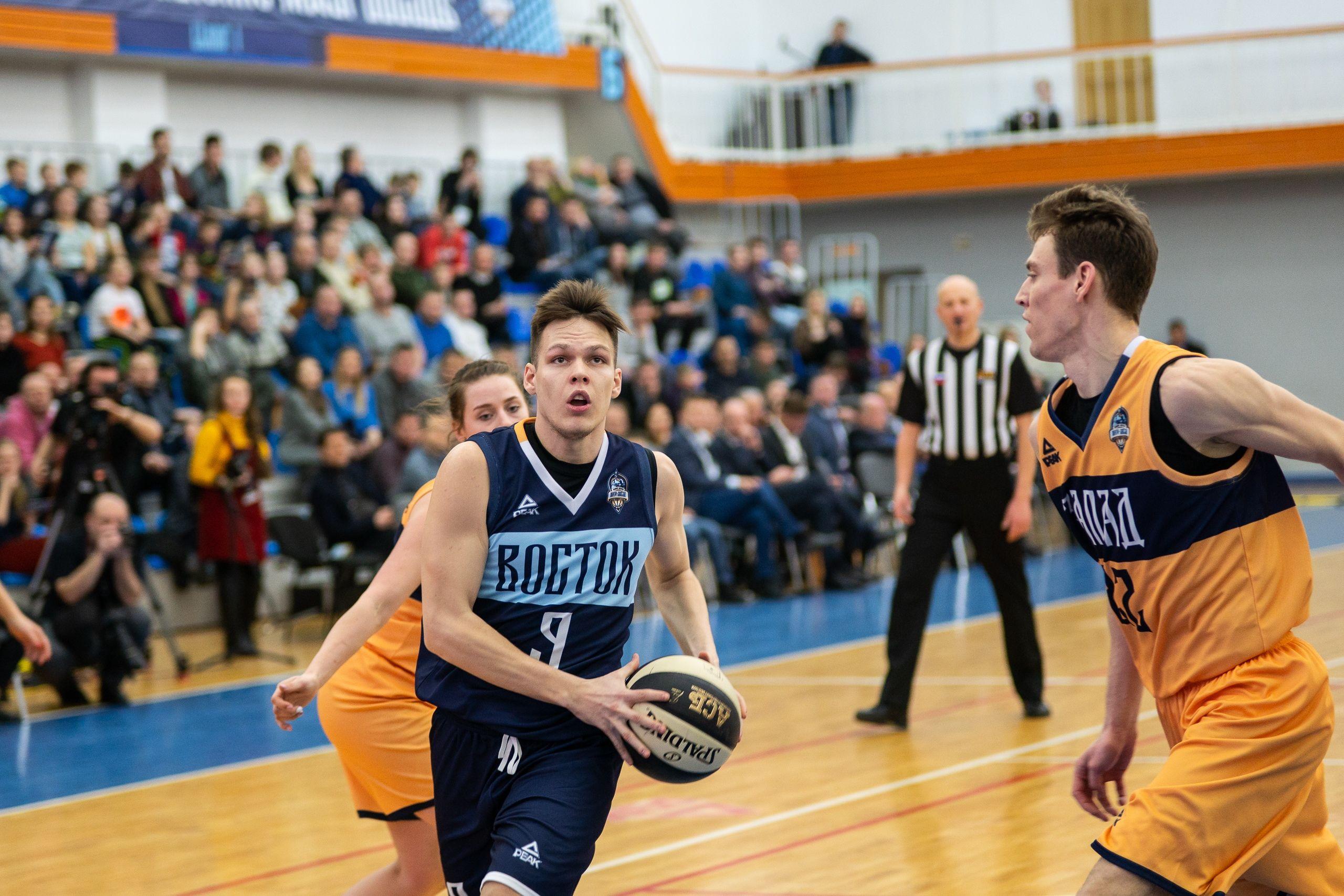 Студент ВГУЭС Роман Бричалов - в списке лучших баскетболистов России