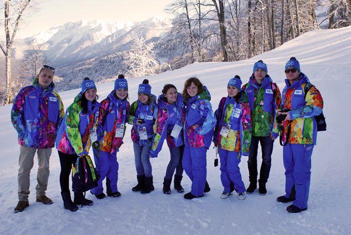 Волонтеры — самое лучшее, что есть на этой Олимпиаде. Молодые, красивые, умные, позитивные… В Сочи сегодня — будущее нашей страны