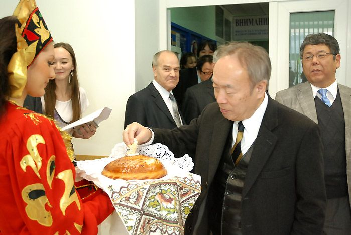 Новый офис Общества дружбы «Владивосток — Тояма» открылся во ВГУЭС