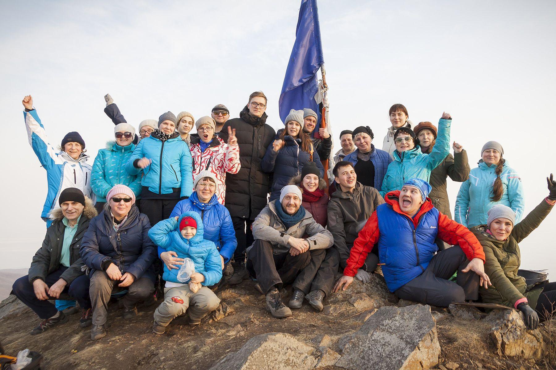 Закат на «Когте Орла»: преподаватели ВГУЭС открыли туристический сезон - 2019