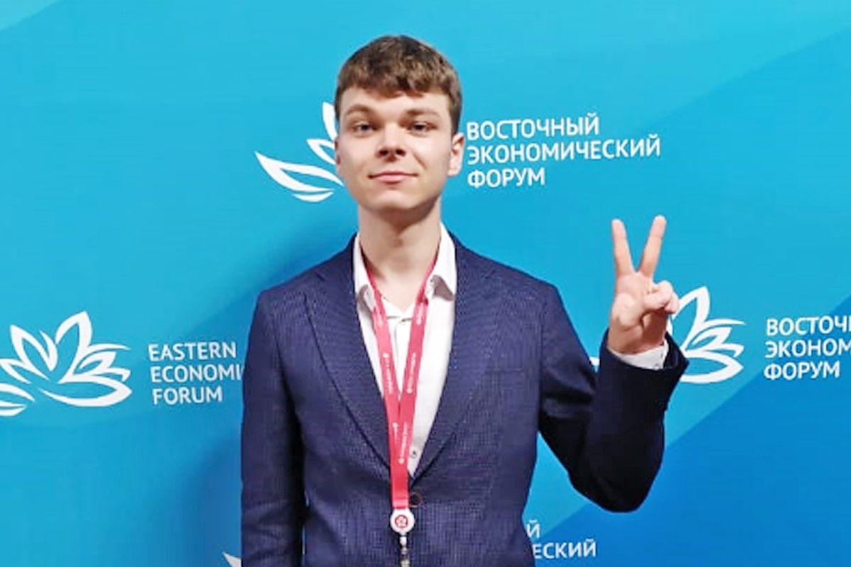 Студенты ВГУЭС отправятся на финал всероссийского хакатона «Цифровой прорыв»