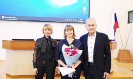 За верность и преданность университету: на Ученом совете ВГУЭС наградили заслуженных преподавателей и сотрудников