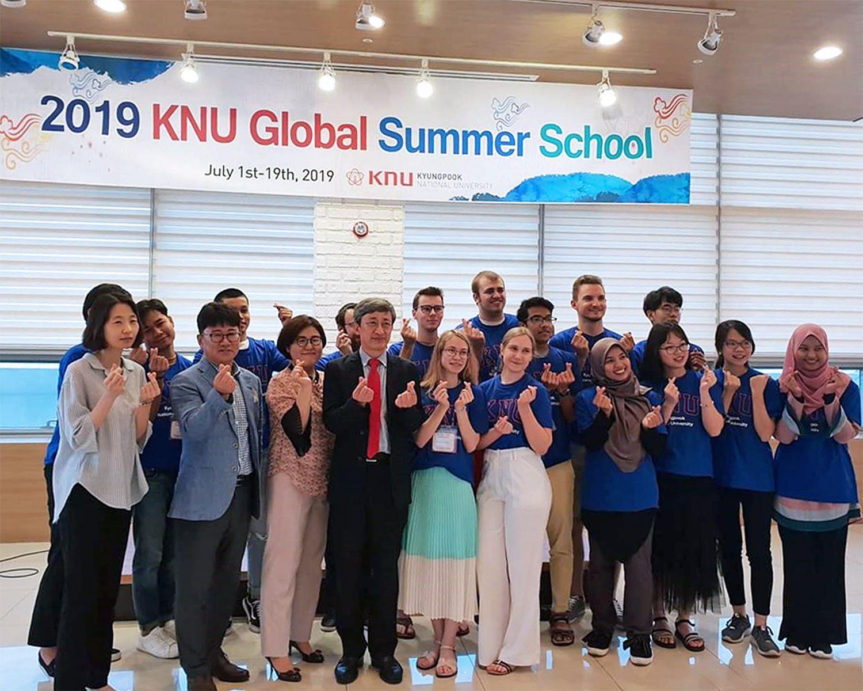 Курс английского языка для IT-специалистов позволяет студентам ВГУЭС учиться по профильным программам за рубежом
