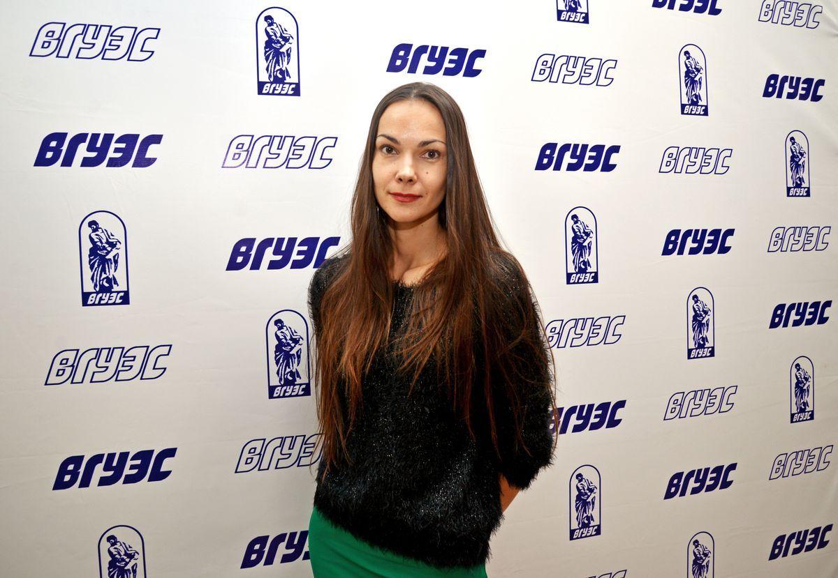 Ирина Акулина, дизайнер одежды, руководитель детского театра моды «Шаги навстречу» - о своей работе, о детях и о Pacific Style Week