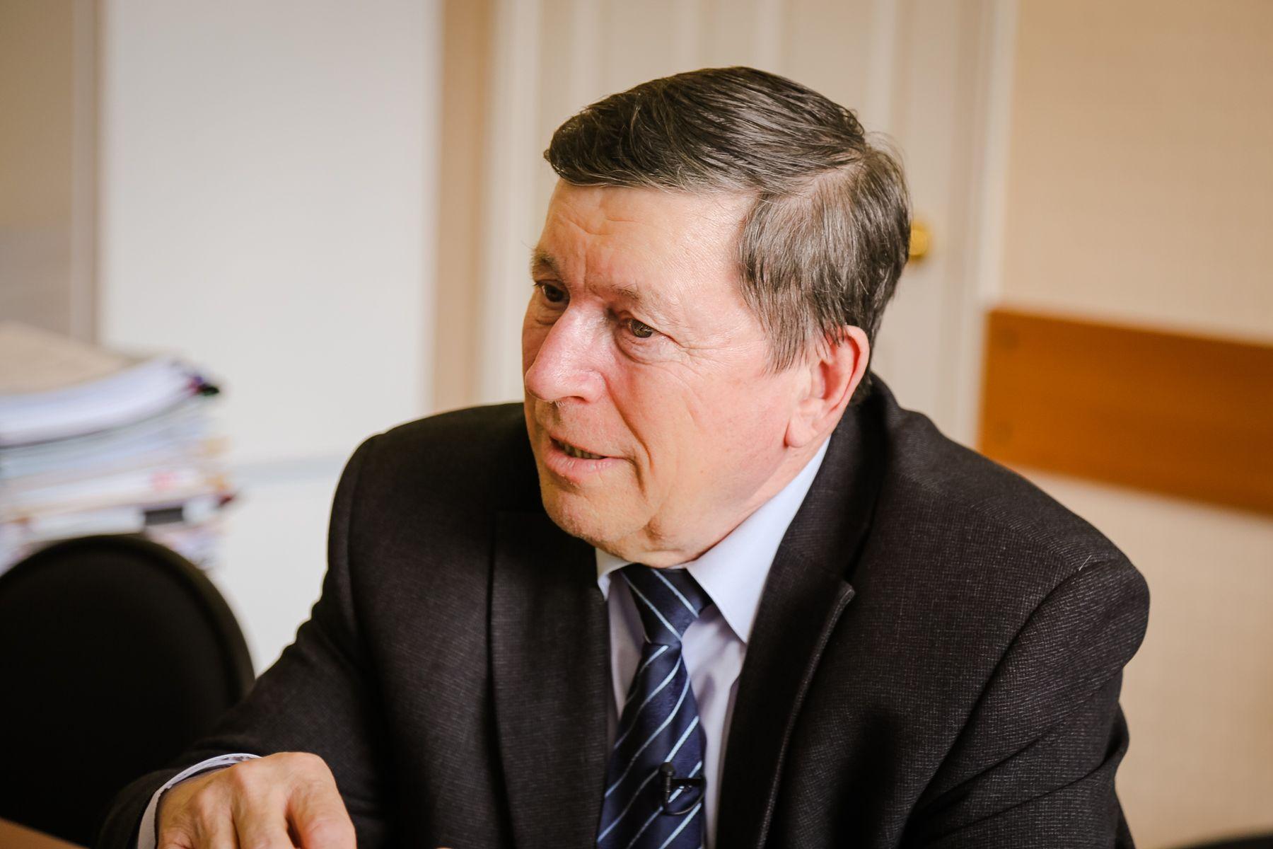 Ведущий эксперт Приморья в области экономики, профессор ВГУЭС Александр Латкин: в 2021 году не будет резкого перехода к лучшему, но позитивные тенденции в экономике наметились