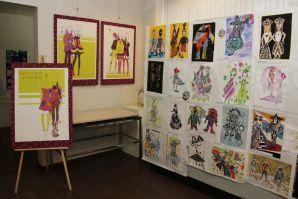 Студенты кафедры сервисных технологий ВГУЭС представили свои работы на выставке Fashion графики