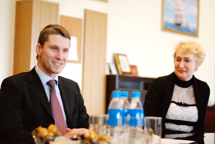 ВГУЭС и ОАО «Владхлеб» стали стратегическими партнёрами