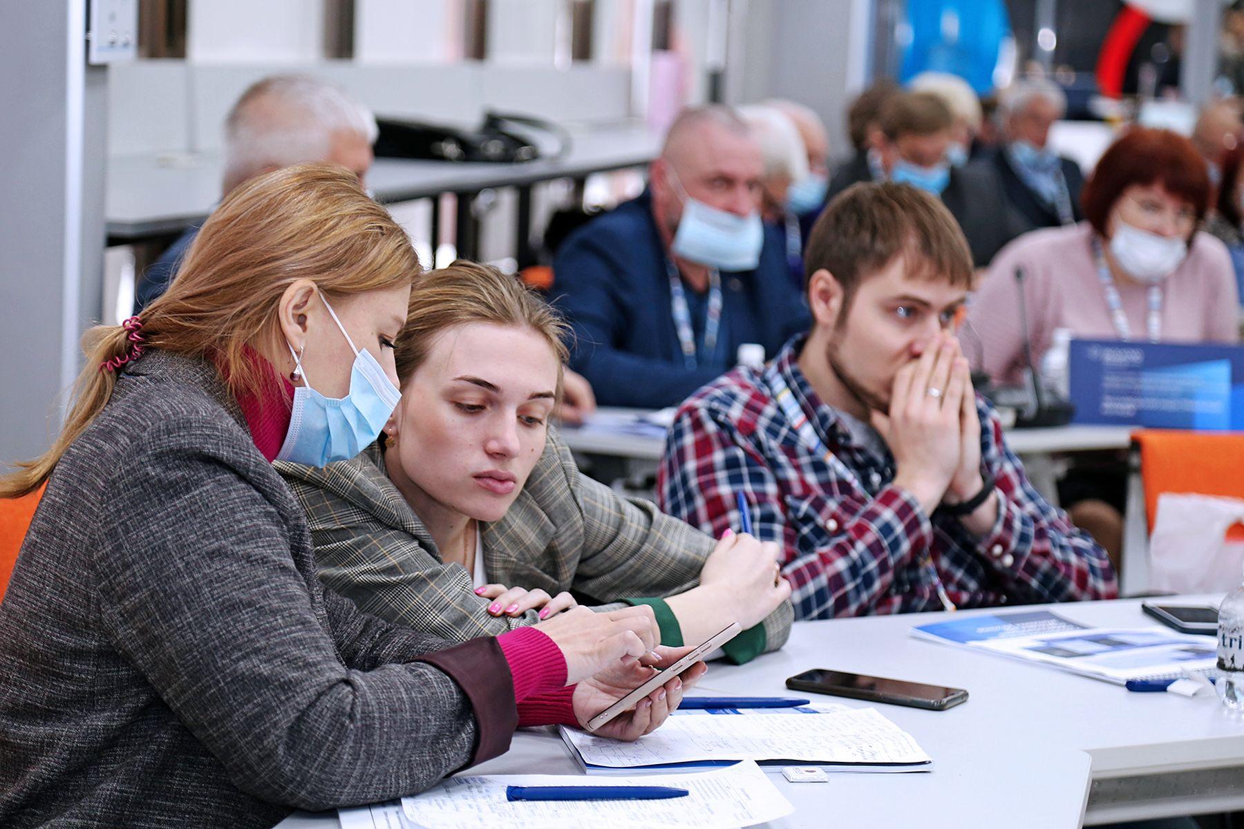 Команда ВГУЭС разрабатывает флагманскую программу для развития колледжей Приморского края