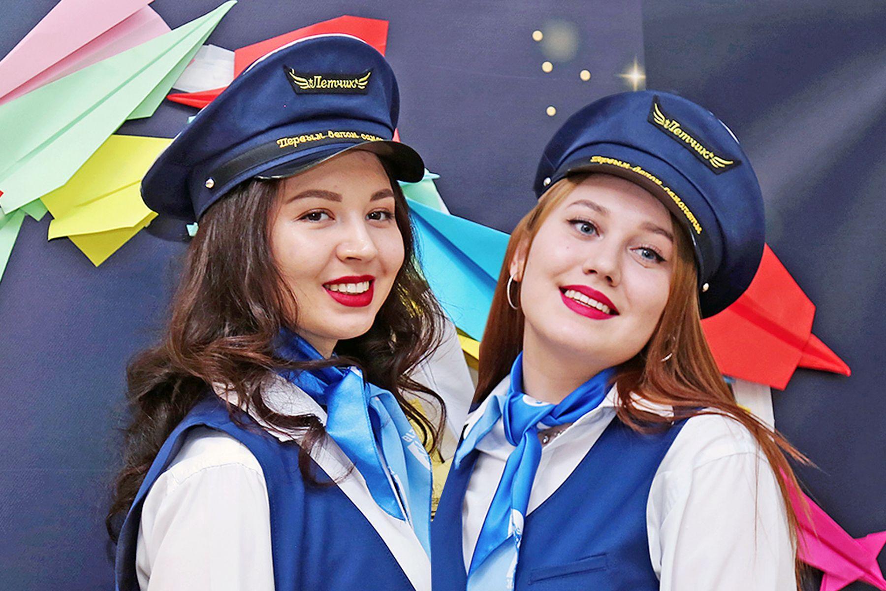 «В чистом небе летают только самолёты»: cтуденты ВГУЭС отпраздновали День защитника Отечества