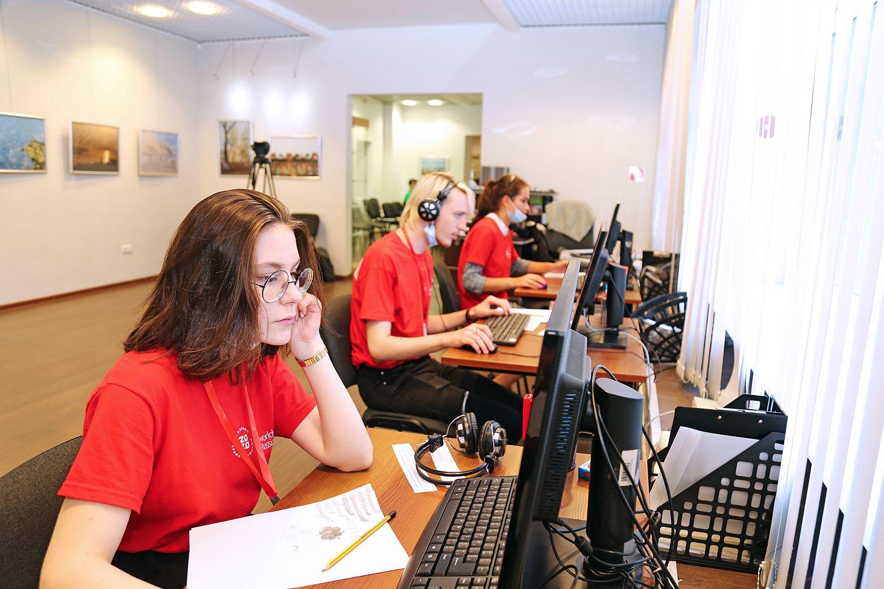 Студенты ВГУЭС – победители IV Всероссийской олимпиады по сервису, туризму и гостиничной деятельности