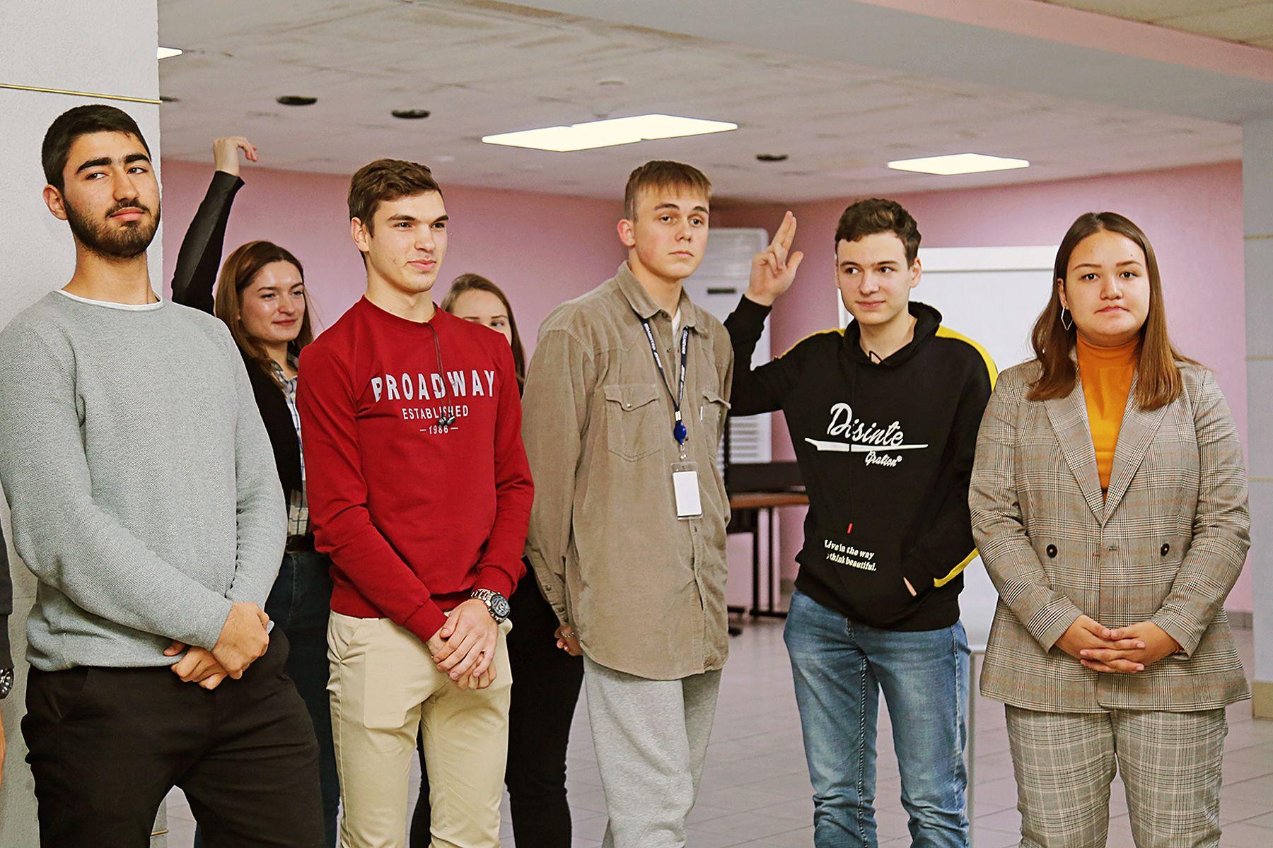 Прокачай навык за 21 день: студенты ВГУЭС готовятся к первому в России онлайн-турниру по управленческой коммуникации