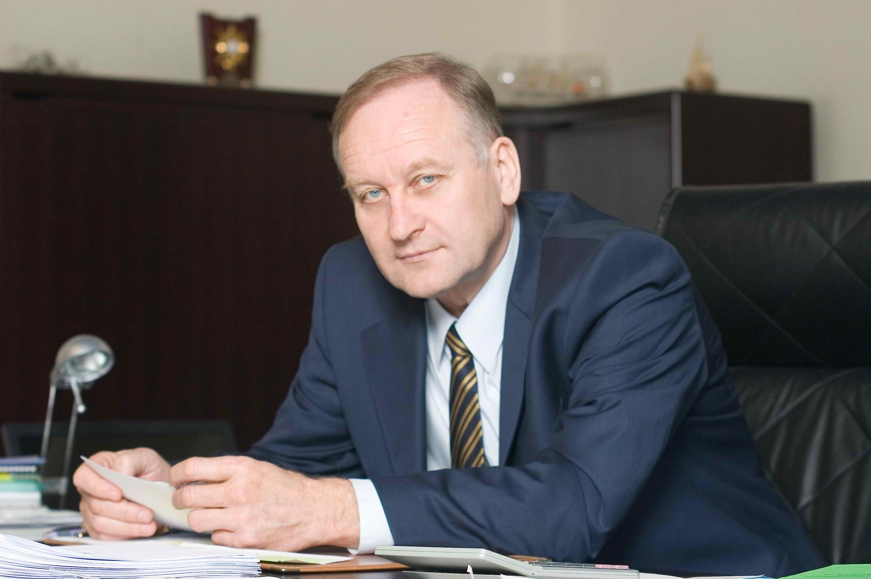 Геннадий Лазарев: «Хороших юристов много не бывает!»